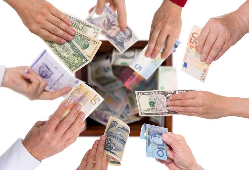 Different Currencies Crowdfunding