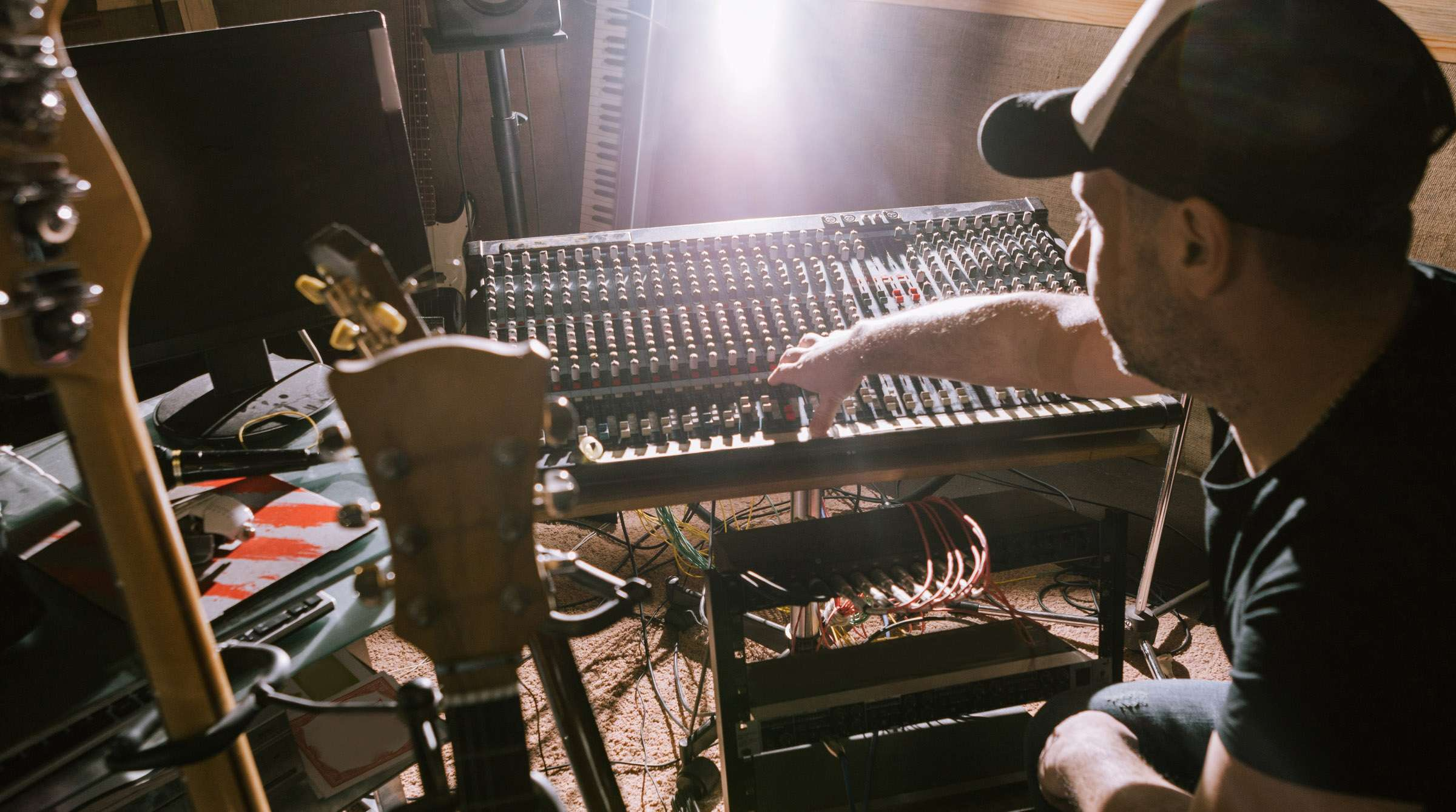 Lo-Fi in High Demand: Making Music With an Indie Edge | Pond5